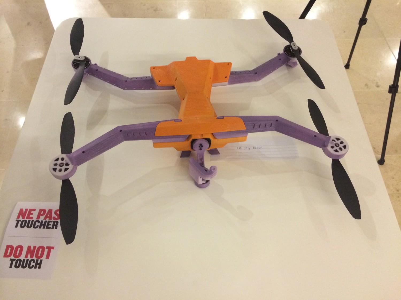 drone AirDog impression 3D
