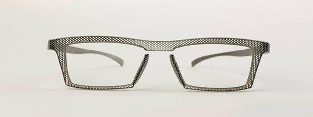 Hoet-eyewear-3D-printed-titanium-glasses